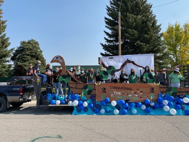 Sophomore Float - 1st Place Winners!